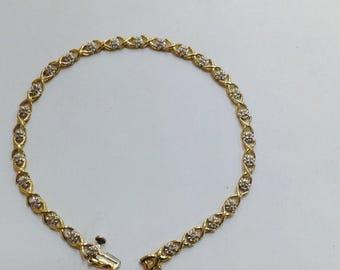 """Hugs and kisses ,vintage, diamonds ,line,tennis .30ctw 10 k gold 7.5"""" long bracelet"""