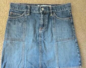 Gap early 2000s 90s vintage denim miniskirt