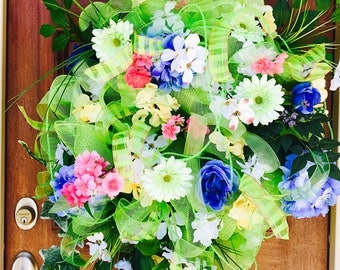Green Mesh Summer Wreath
