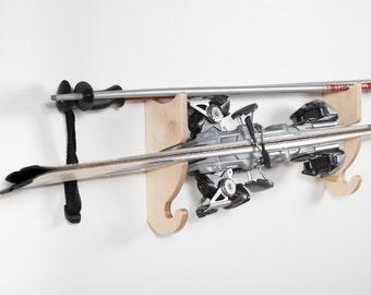 Skis racks by hands