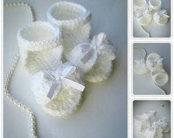Crochet Baby Sandals, Crochet Baby Shoes, Baby Sandals, Baby Shoes, Baby Girl Shoes, white bow, made to order, 0-3 month, 3-6 month
