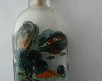 Antique Chinese snuff bottle, hand painted inside with landscapes