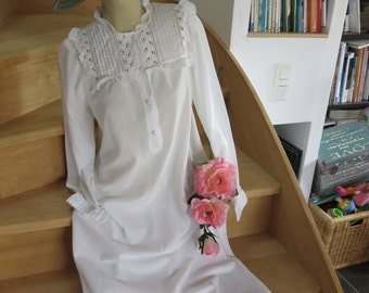 Retro Nightgown - Brand Lingelor - Long Sleeves - Lace Yoke