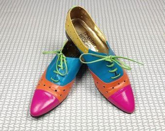 Vintage Timothy Hitsman shoes, size 7.5 small, vintage leather shoes, rainbow shoes, colorful vintage shoes, vintage clothing, pink blue