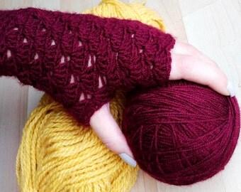 Crochet gloves **Handmade for ladies **Red and warm **Fingerless gloves