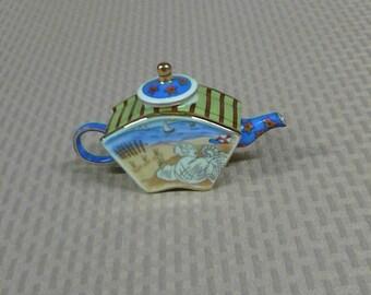 PRICE REDUCED * Miniature Tea Pot-Vivian Chan Sea Shell Design