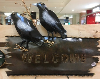 2 Magpies Welcome Sign