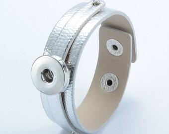 Silver Leather Snap Bracelet, Faux Snake Skin Texture, Snap Charm Bracelet, Snap Jewelry Bracelet