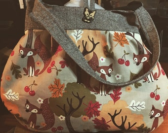 Kawaii Foxy Lady Purse with Adorable Chibi Fox Button