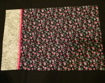 Black with Pink Rosebuds Pillowcases (Set of 2)