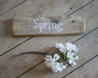 Rustic Spring Sign - Spring Decor -  Spring Wood Sign  - Spring Wood Signs - Seasonal Decoration - Farmhouse Decor - Farmhouse Spring Sign