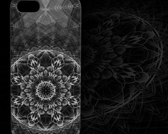 Skull Mandala Device Case