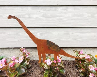 Dinosaur Garden Decor - Metal Garden Dinosaur - Garden Art - Yard Decor - Apatosaurus