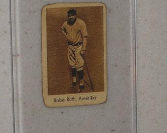 1932 Abdulla Tobacco Babe Ruth in Screwdown Case