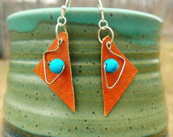 Leather Earrings - Triangle