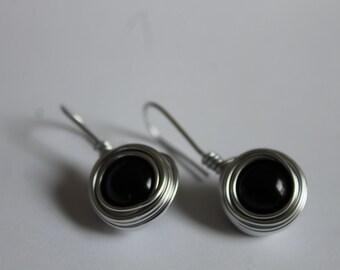Drop Nest Earrings