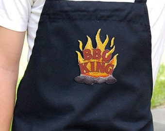 Mens Grilling Apron , Chef Bib Apron with Pockets Embroidered BBQ King Design Mens Chef Apron Can Be Personalized