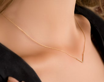 Solid Gold 14k Chain V Necklace- V gold necklace- Minimalist necklace- Minimalist jewelry- Dainty necklace