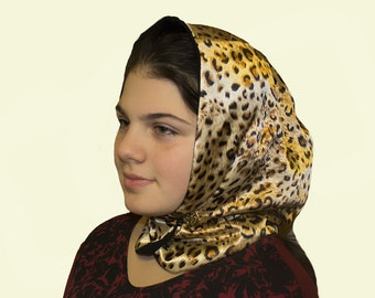 Reversible Hat-Hood with Patterns