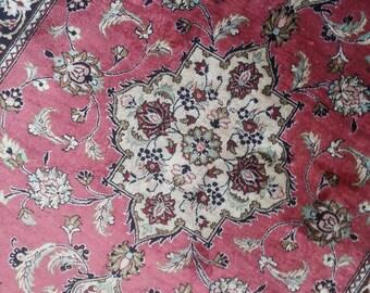 Qum silk 3.10 × 2.7 ft 117 × 80 cm