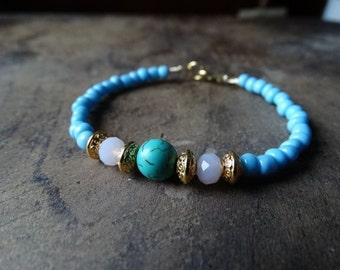 Beaded blue bracelet