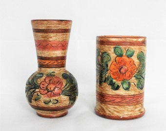 SALE! 2 Vintage  Beautiful Italian Deruta vases.Deruta pottery.Hand made.Hand painted.