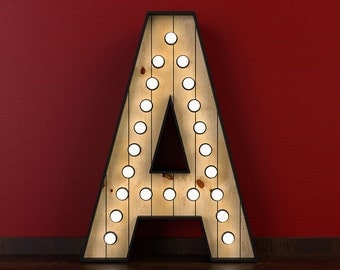 Illuminated letters of 120cm of height