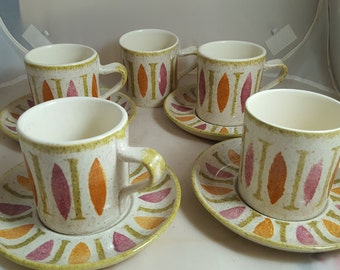 5 Red Wing Pepe Cups & 4 Saucers