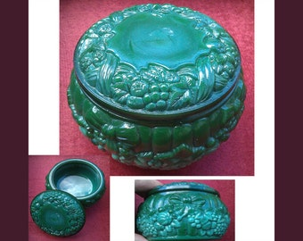 Malachite box, Round Glass Malachite box, Malachite Jewelry Box, video here - https://youtu.be/sx_YjfPZUTo