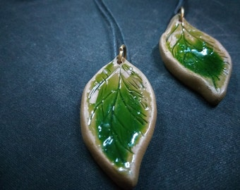 "pendant ""petrified leaves"""