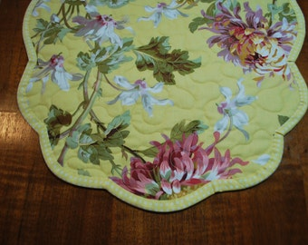 Handmade Scalloped Quilted Table Runner