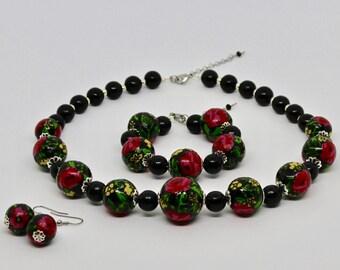 "Ethnic jewelry set ""HIGHLANDER ROSES"" - handmade / in green, white, red, blue, black / original (20mm)"