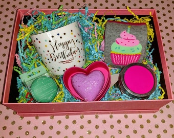 Happy birthday cupcake gift box for her