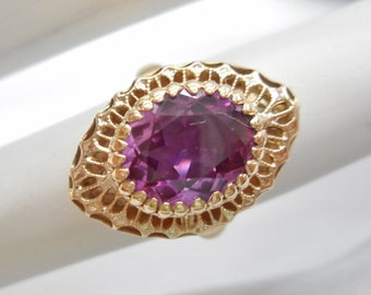 Lab Grown Sapphire Ring, Purple Sapphire Ring, Vintage Ring, 10k Yellow Gold 3.8 Carat Pinkish Purple Sapphire Ring Sz 4 #1921