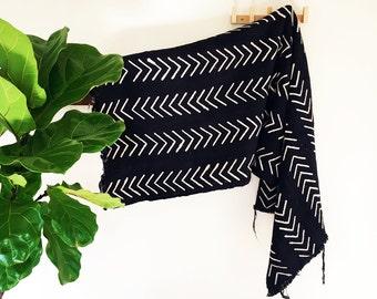 Riley | Black Arrow | Handmade African mud cloth