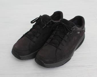 Man MBT Dark Brown Suede Goretex Shoes/ Size EU 41; UK 7;