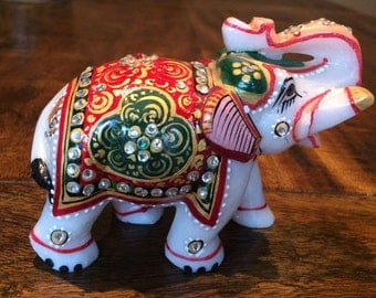 White Marble Elephant Figurine Hand-Carved Hand-painted Gilded Good luck /Sculpture
