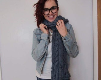 Chunky Cable Knit Scarf