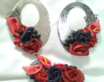 Earrings and Peinecillo in silver brass with beautiful red and black flowers, earrings, Flamenco earrings, Valentine's Day gift.