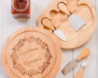 Personalised Christmas Wreath Cheeseboard And Knives