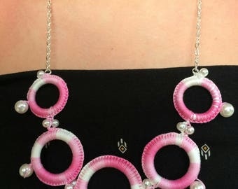 Cotton melange yarn crochet necklace made of white, pink and Fuchsia and pearls