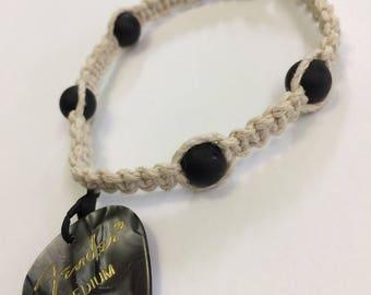 Removable Guitar Pick Bracelet / Guitar Pick Bracelet / Guitar Pick Jewelry / Hemp Jewelry / Hemp Bracelets / Hemp/Handmade/Men's Gift Ideas