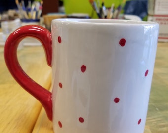 Red dot cup
