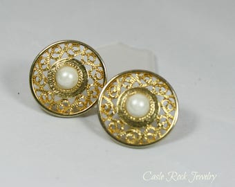 Gold Toned Filigree and Faux Pearl Pierced Earrings.