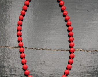 Vintage beaded necklace in coral red