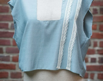 Upcycling top with lace trims