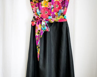 Upcycling dress with flower top and tie belt