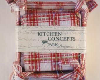 Vintage kitchen towel set, Kitchen Concepts, Never opened, Basket, Dishtowel,Dishcloth