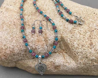 Sweetness - gemstone necklace and earring set