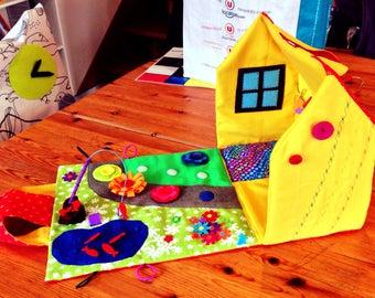 Doll's House, House playmobil portable fabric - games Montessori